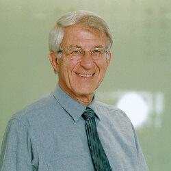Dr. Franz Alt Referent