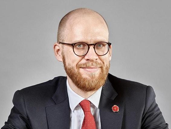 Dr. Felix Brill