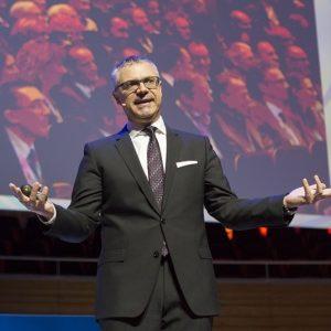 Dr. Ralph Scheuss