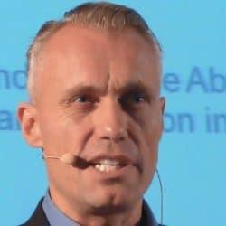 Redner Tom Buser